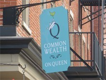 Commonwealth on Queen